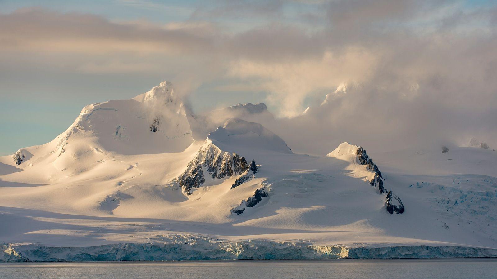 Nova maneira de estudar o gelo da Antártica a partir do espaço está fornecendo a cientistas ...