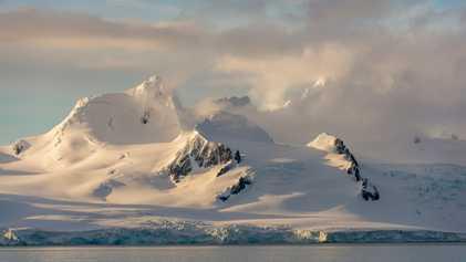 Novo método para medir queda de neve na Antártica ajuda a estimar preservação das camadas de ...