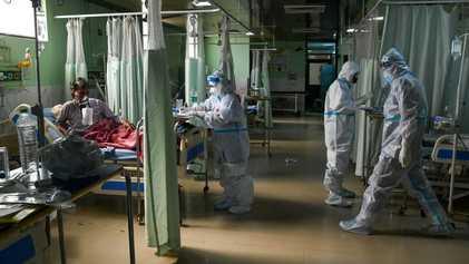 Fungo negro raro infecta número preocupante de pacientes com covid-19 na Índia