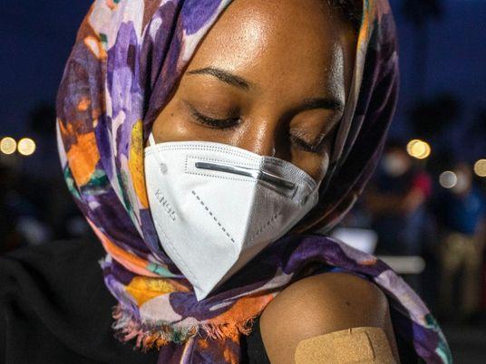 Líderes e ativistas muçulmanos enfrentam oposição às vacinas contra a covid-19