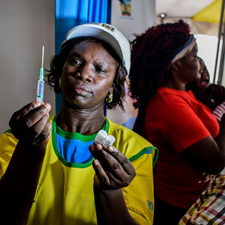 Momento histórico: por que a OMS aprovou a primeira vacina contra a malária