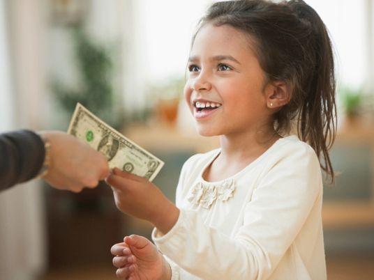 Por que objetos materiais em excesso podem deixar crianças infelizes