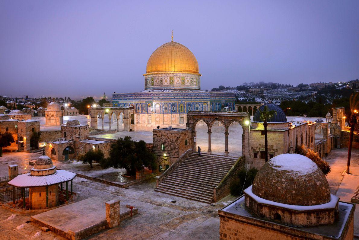 dourado-roxo-domo-jerusalem-israel
