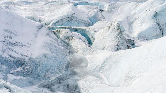 A velocidade em que a camada de gelo da Groenlândia derrete é alta demais para ser ...