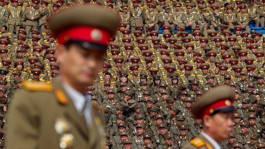 FOTOS: Imagens raras revelam o poderia militar da Coreia do Norte