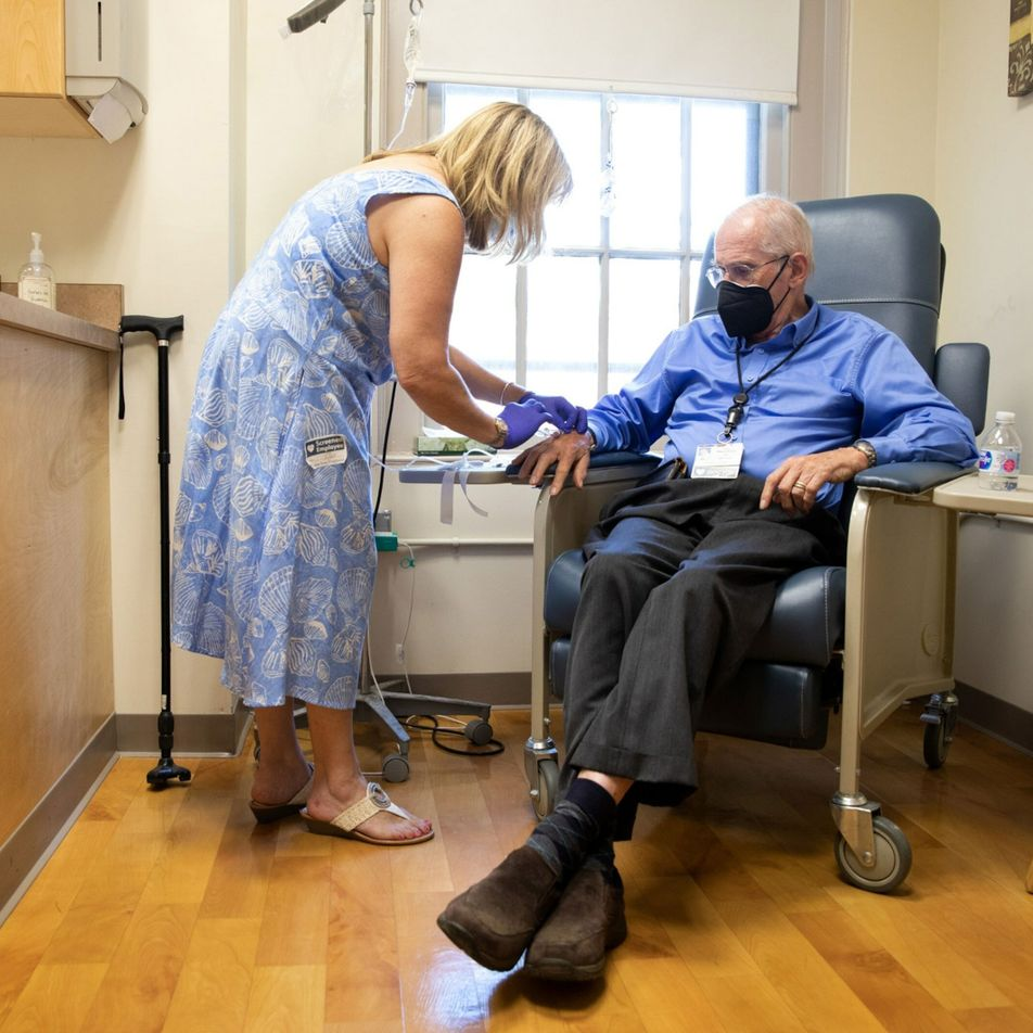 Como funciona novo medicamento para Alzheimer — e por que aprovação foi tão criticada