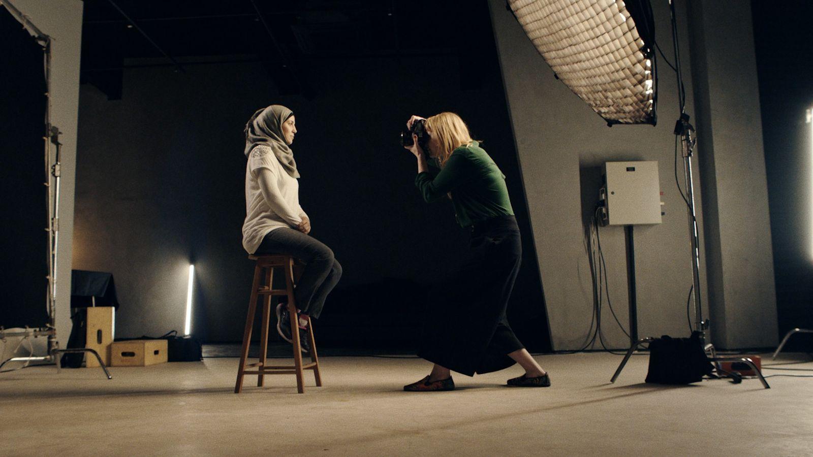 Raquel Brust fotografa refugiada