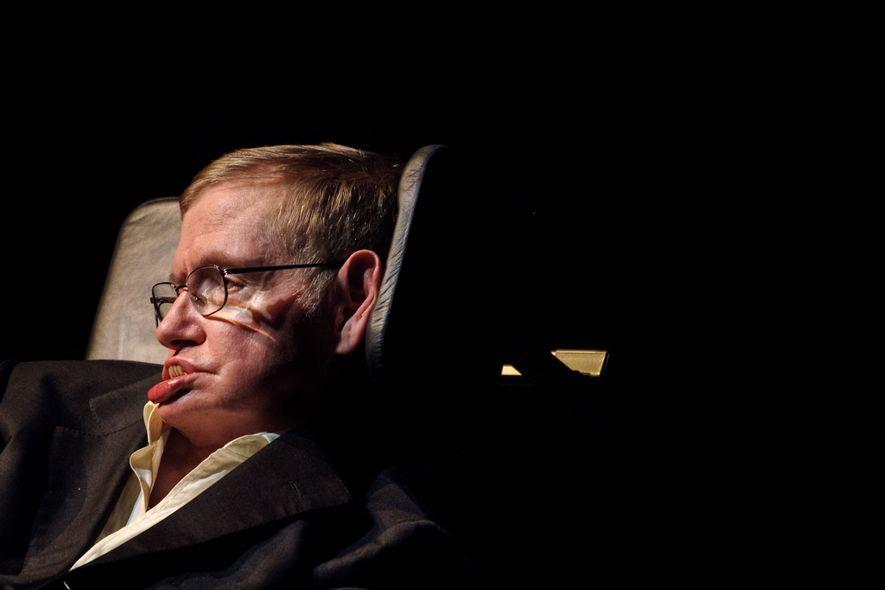 Momentos polêmicos de Stephen Hawking: de aliens maus a buracos negros