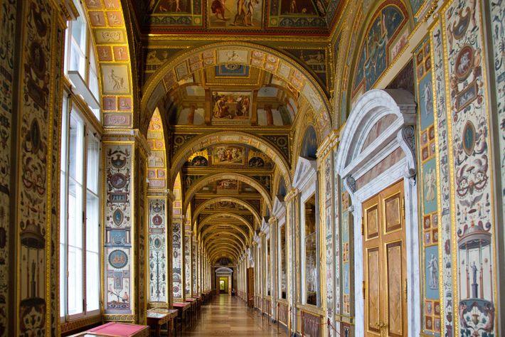 O Museu Hermitage é lar de mais de 3 milhões de obras de arte, mas a ...
