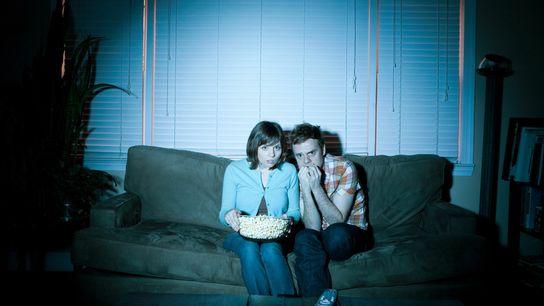 Algumas pessoas assistem a filmes de terror não somente porque gostam, mas porque têm respostas psicológicas ...