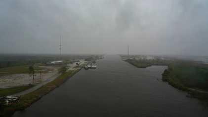 Tempestades tropicais podem eventualmente sobrecarregar as tempestades seguintes