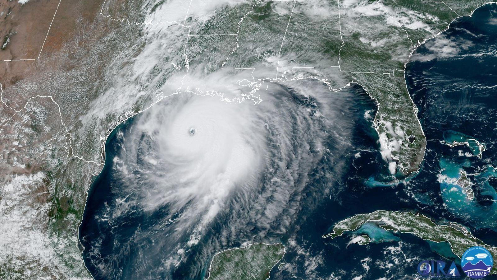 Furacão Laura se aproxima da costa americana no Golfo do México em 26 de agosto.
