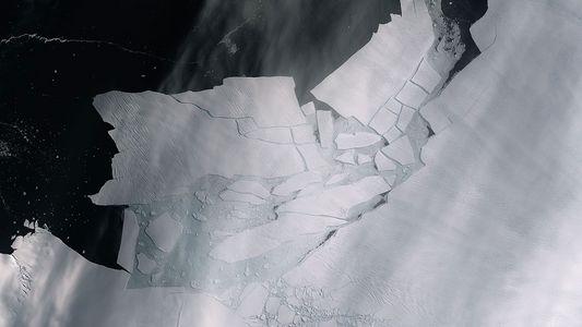 Iceberg gigantesco se desprende da geleira mais ameaçada da Antártida Ocidental