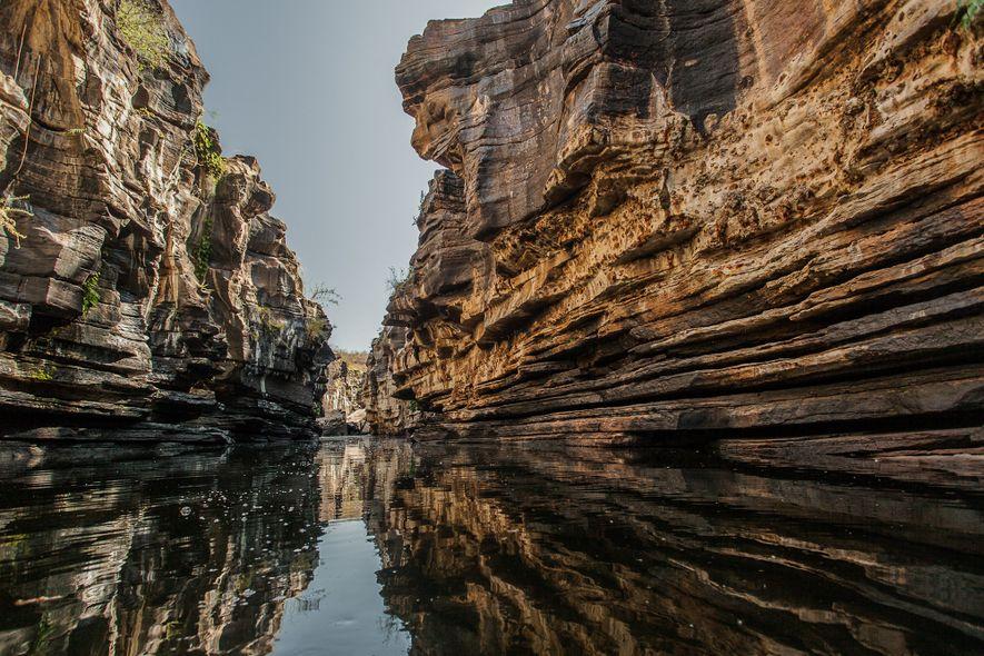 Em meio a uma paisagem árida onde a água é um bem valioso, o Cânion do Rio Poti oferece vistas deslumbrantes e um refresco para o calor e a seca.