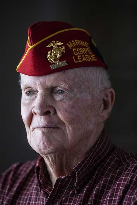"""""""Completei 20 anos de idade em Iwo Jima"""", conta John """"Jack"""" Thurman, de 94 anos. """"Alguns ..."""