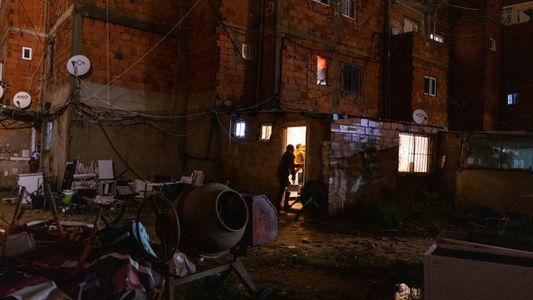 Moradores de bairro autoconstruído em Portugal denunciam vida precária na pandemia