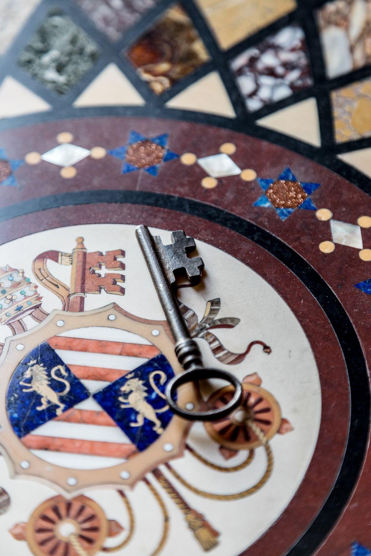 A única chave que não é numerada é a chave da Capela Sistina. Durante o conclave, ...