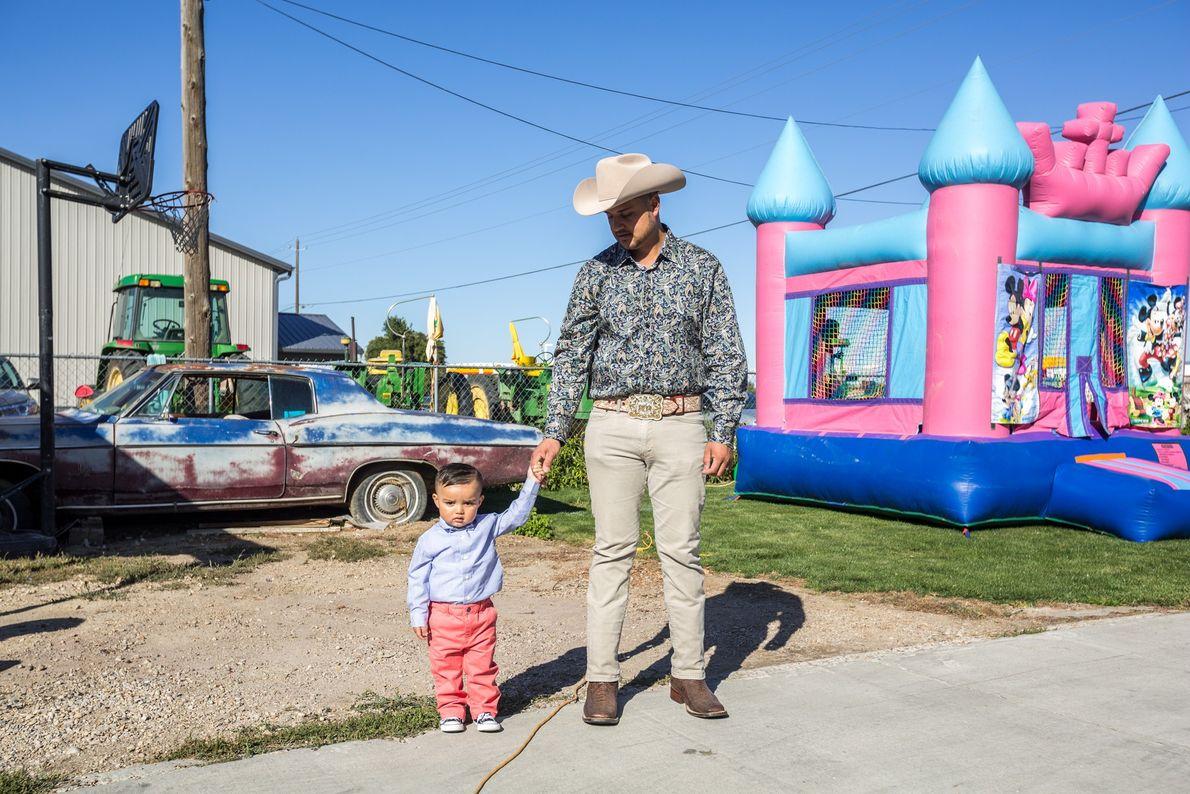 Latinos vieram para Wilder, Idaho, como trabalhadores agrícola imigrantes na segunda metade do século XX. Hoje, ...