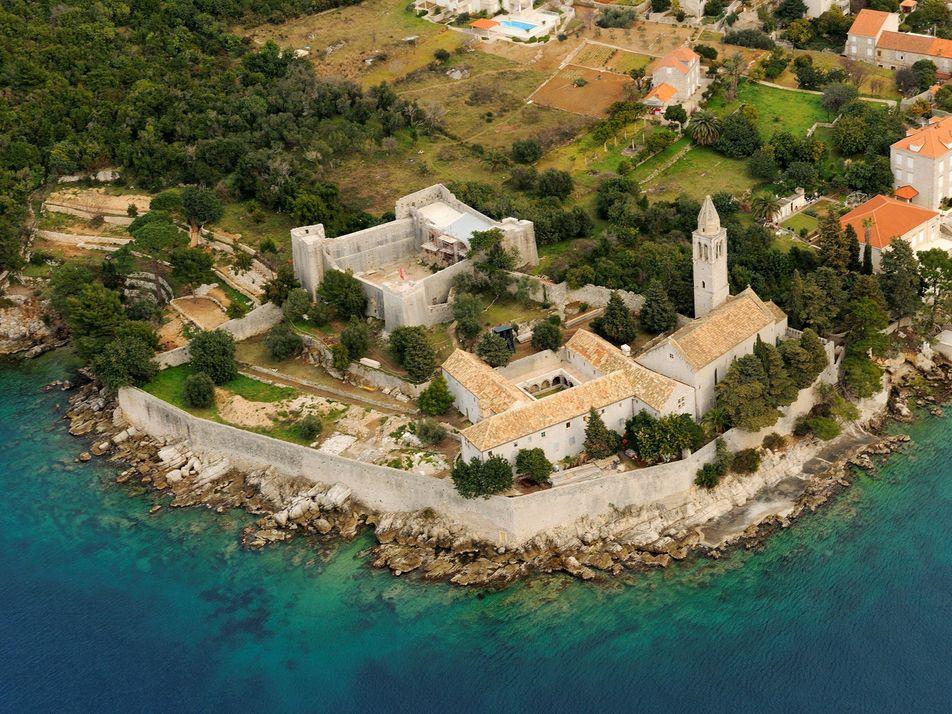 Refugie-se nessas ilhas europeias pouco conhecidas