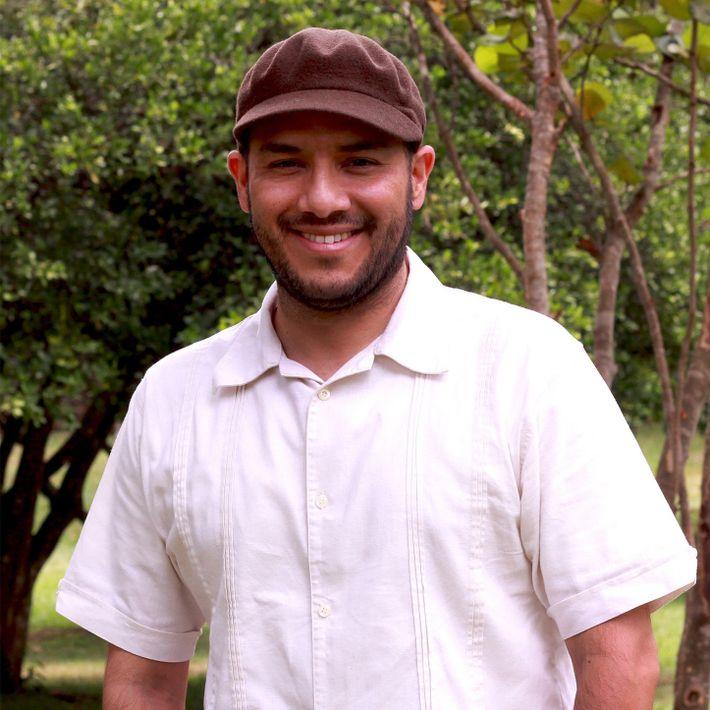 Manuel é professor do departamento de arte da Pontifícia Universidade Javeriana Cali. Realizou pesquisas com músicos tradicionais ...