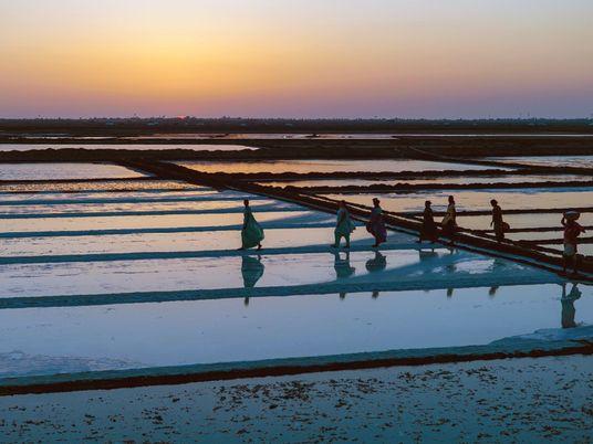 400 km a pé, por Gandhi – um fotógrafo refez a Marcha do Sal