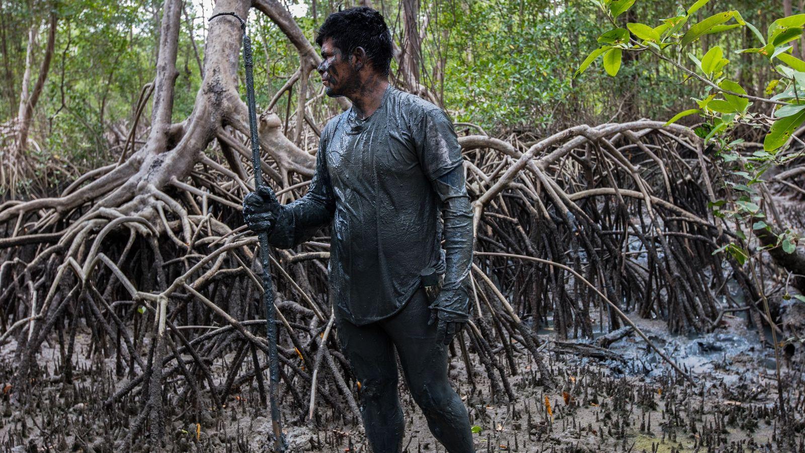 juraci Nascimento, pescador de caranguejo da comunidade do Treme, Resex Caeté-Taperacu.