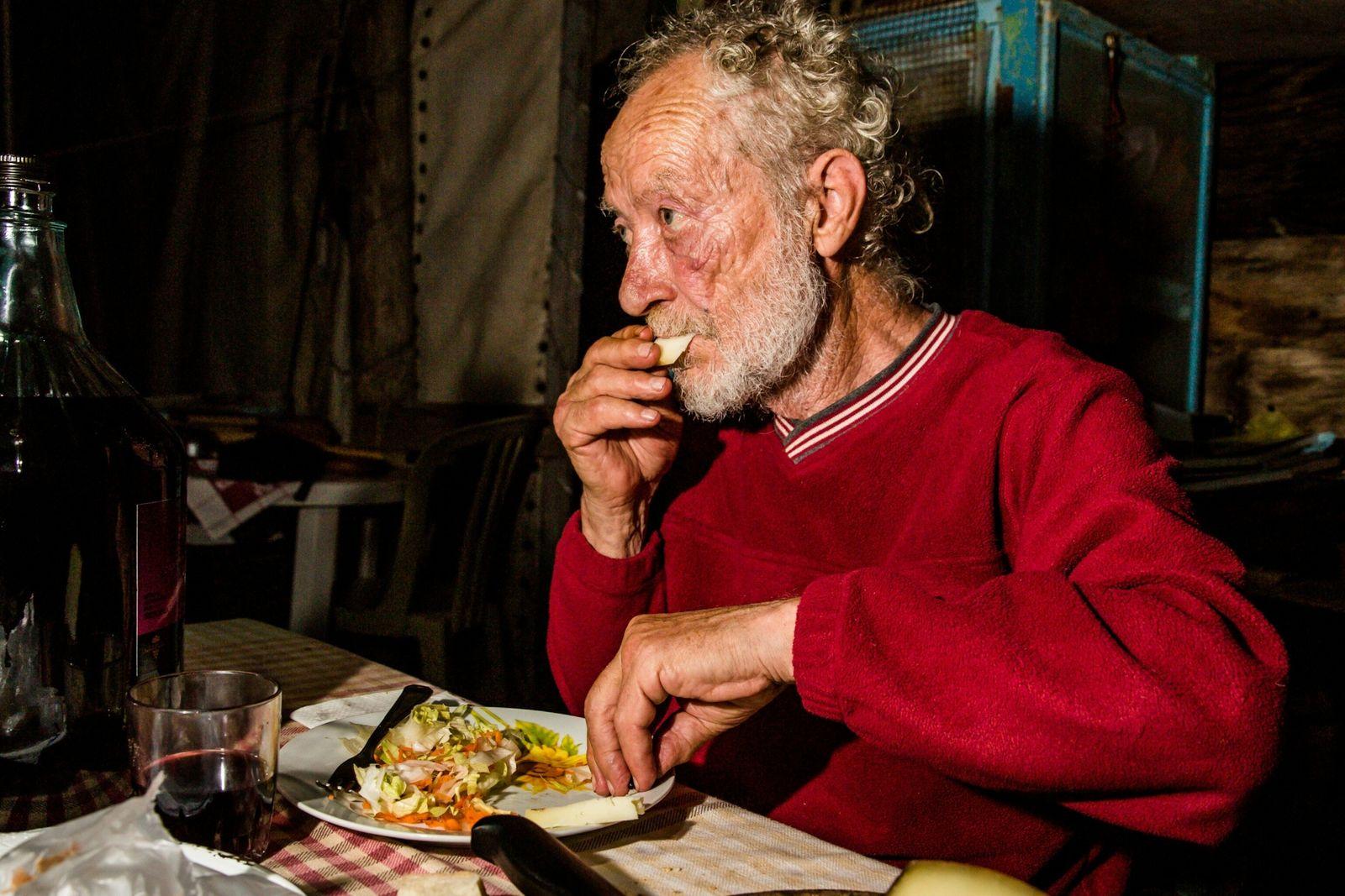 Durante seus anos na ilha, Morandi diz que nunca ficou doente, qualidade que ele atribui a ...