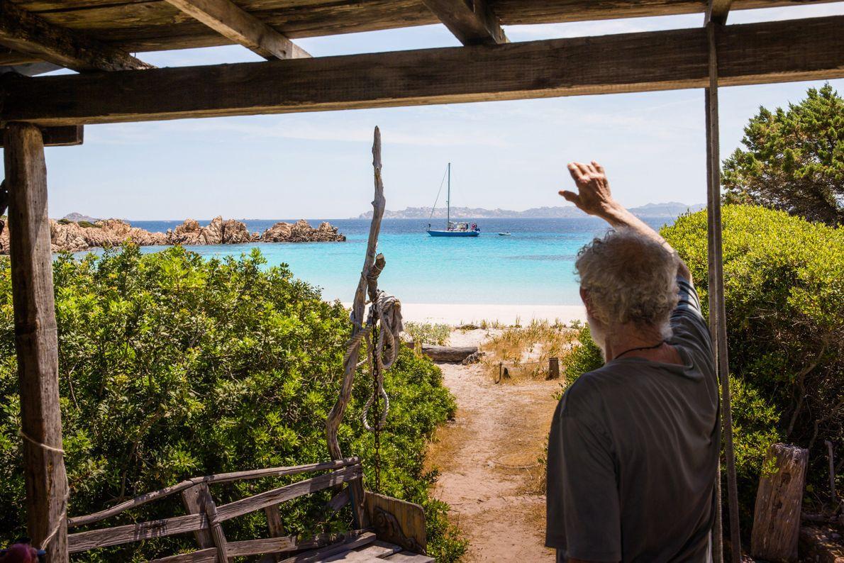 mauro-acena-na-ilha-budelli
