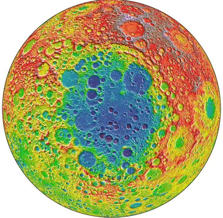 Esta imagem, criada com dados do Lunar Reconnaissance Orbiter da NASA, demonstra a superfície do lado ...