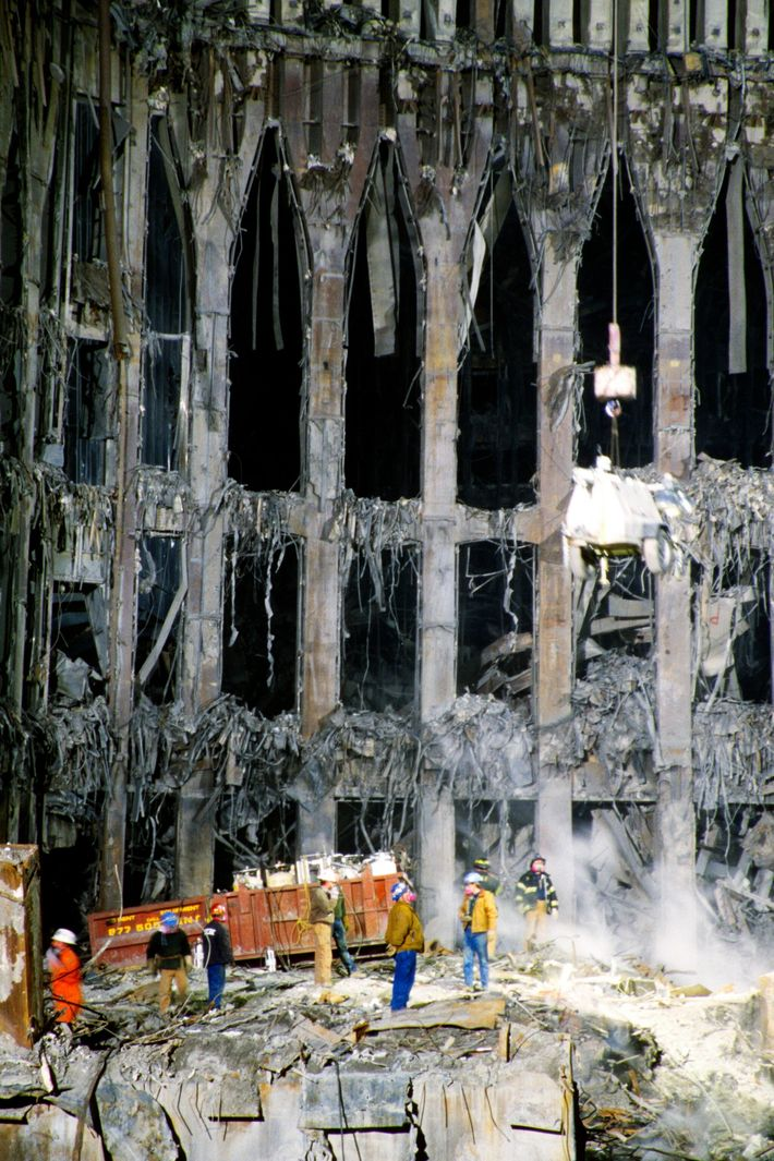 Clean up at Ground Zero after the terrorist attack on the World Trade Center buildings, New ...