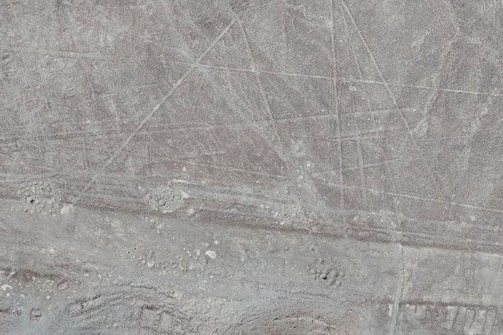 Recém-descoberta evidência de linha de Nasca, capturada por um drone