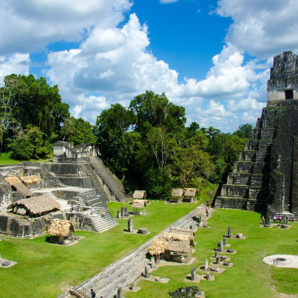 Arqueólogos descobrem monumento misterioso que estava evidente