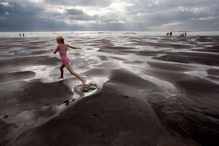 nova-zelandia-praia-areia-preta