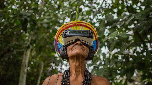 Guias pataxós levam turistas ao Monte Pascoal – e agora contam com ajuda da tecnologia