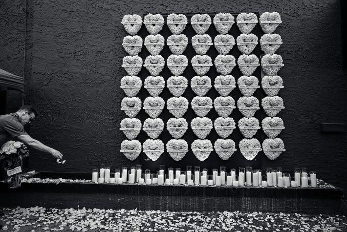 Foto de luto pelas vítimas do clube pulse, na flórida