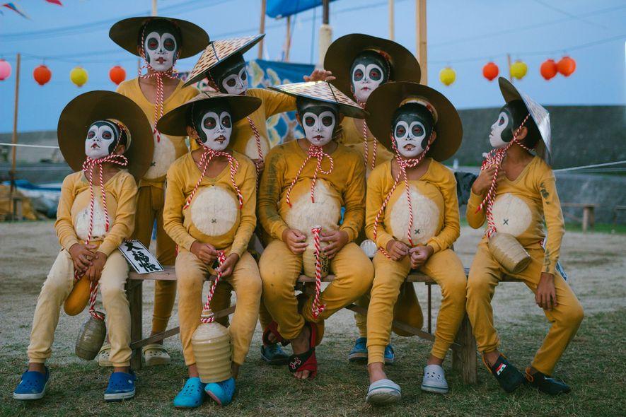 Conheça o belo festival dos mortos do Japão