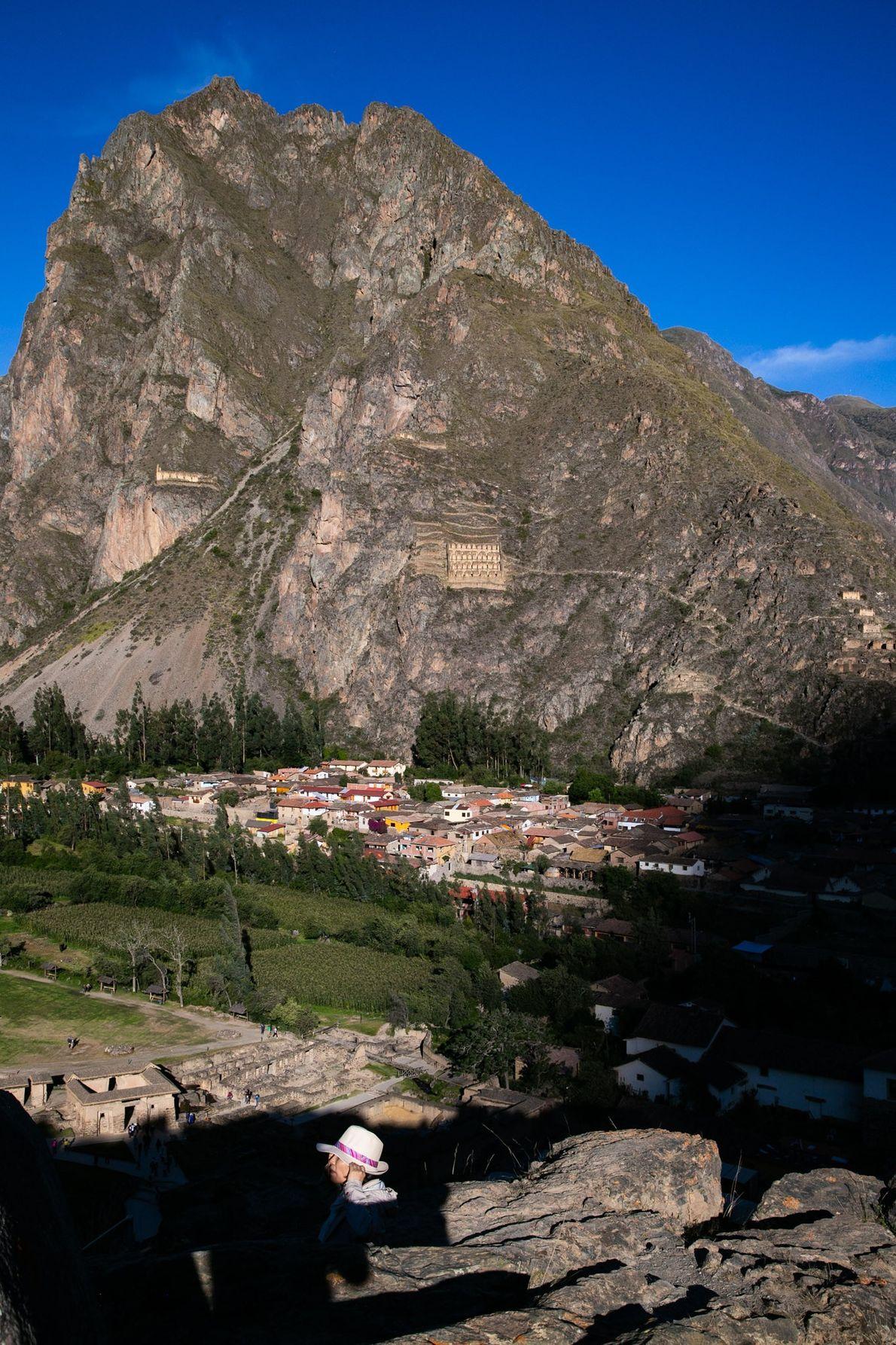Ollantaytambo está localizada no nordeste do Vale Sagrado.
