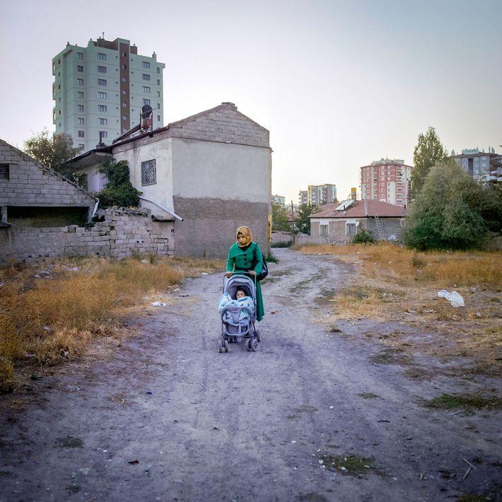 criancas-refugiadas-turquia-noivas