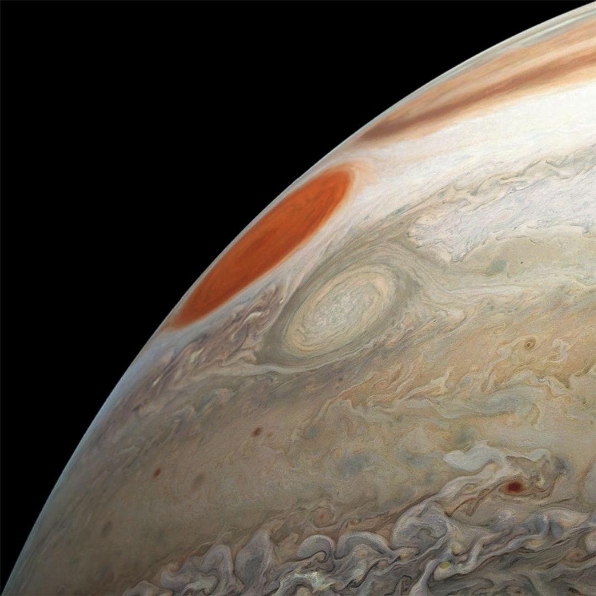Ao passar pelo turbulento hemisfério sul de Júpiter, em 21 de dezembro de 2018, a nave ...
