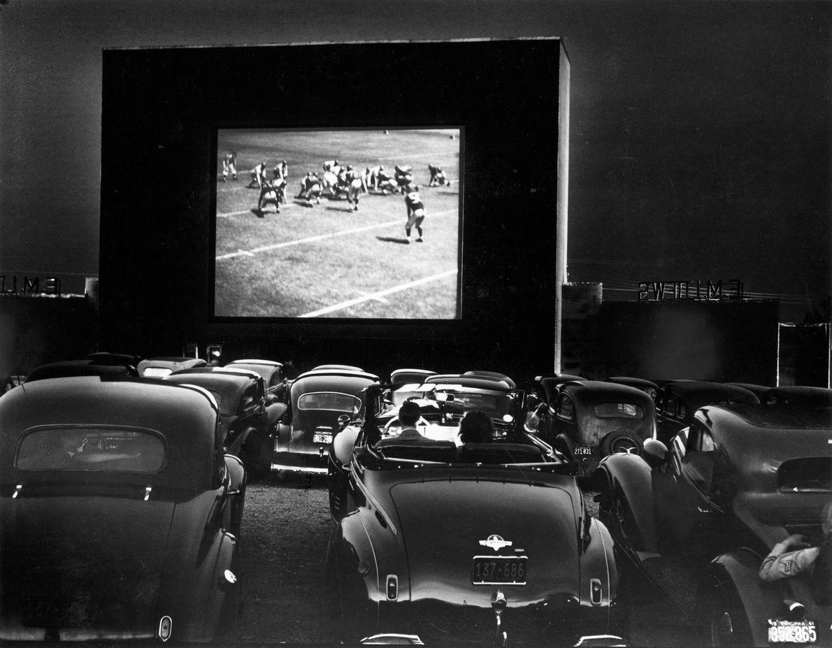 A volta do cine drive-in