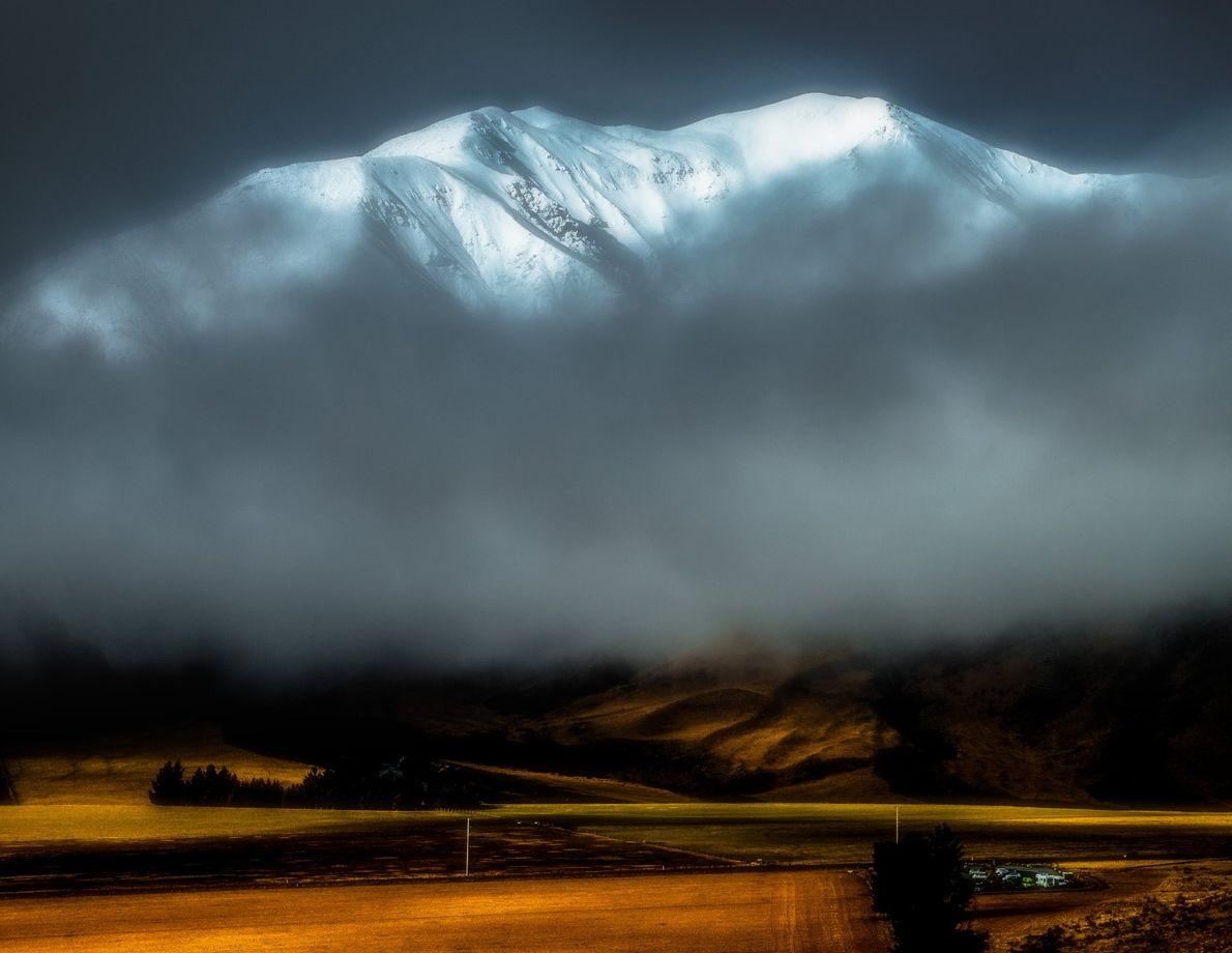Luz incrível nos Alpes do sul.