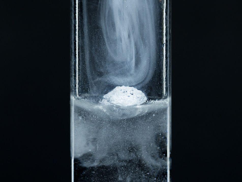 Confirmado: nova fase da matéria é sólida e líquida ao mesmo tempo