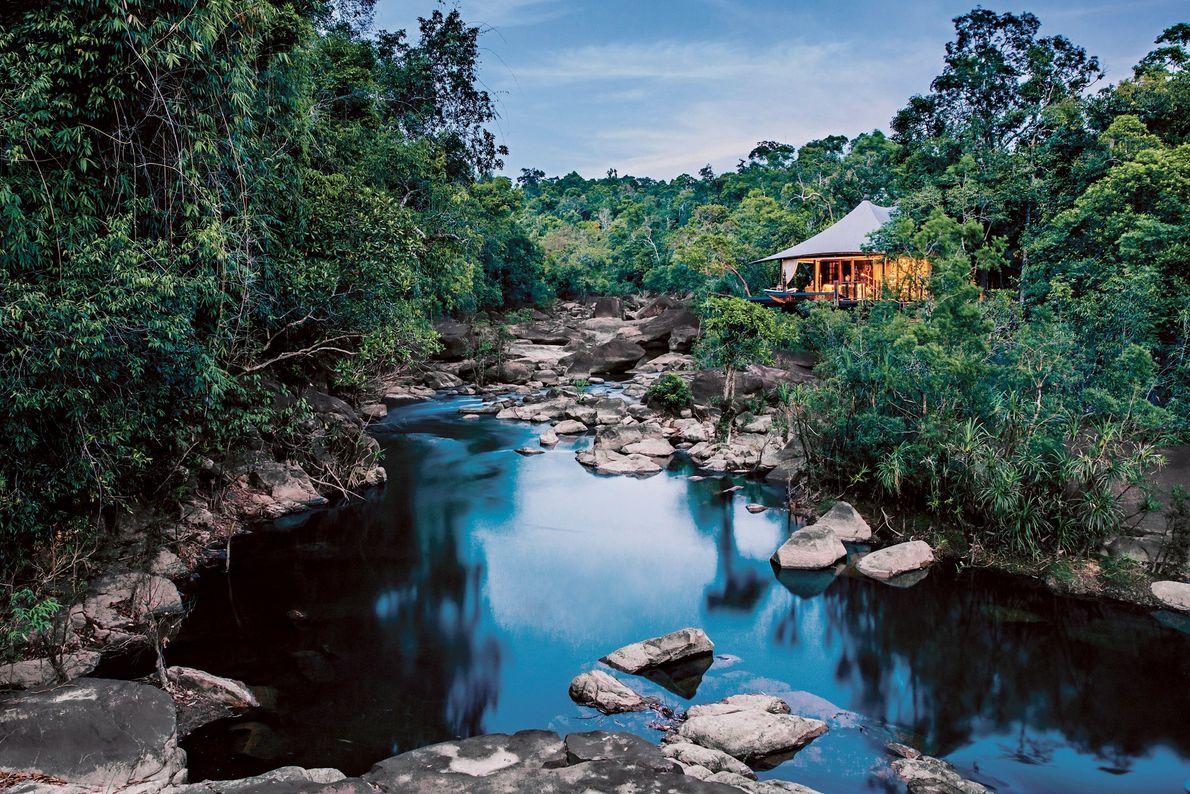 SHINTA MANI WILD, CAMBOJA O designer Bill Bensley construiu o Shinta Mani Wild na fronteira do Parque ...