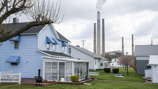 Usina elétrica norte-americana em Conesville, Ohio, queimou sua última tonelada de carvão em abril de 2020, ...