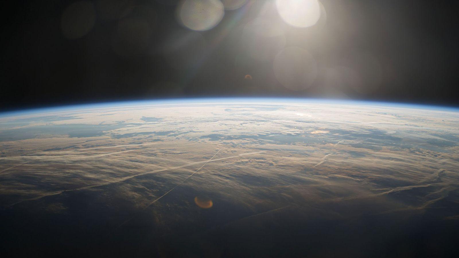 Planeta Terra visto da estação espacial internacional.