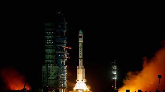 O foguete Long March 2F levou Tiangong-1 à órbita em setembro de 2011.