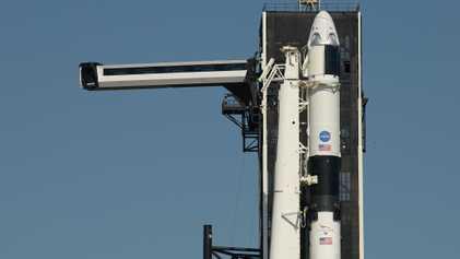 SpaceX prestes a fazer história com missão tripulada à Estação Espacial Internacional