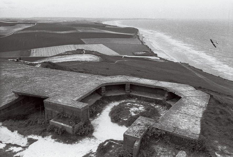 MAIO, 1994 | Restos de fortificações alemãs em Cap Blanc-Nez.