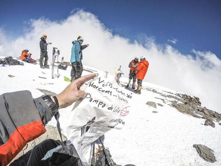 sunny-strooer-aconcagua-360-pico