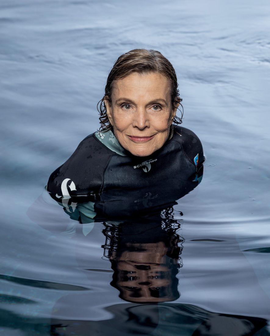 Com vigor e ânimo invejáveis, a oceanógrafa de 82 anos ainda luta pela proteção dos mares.